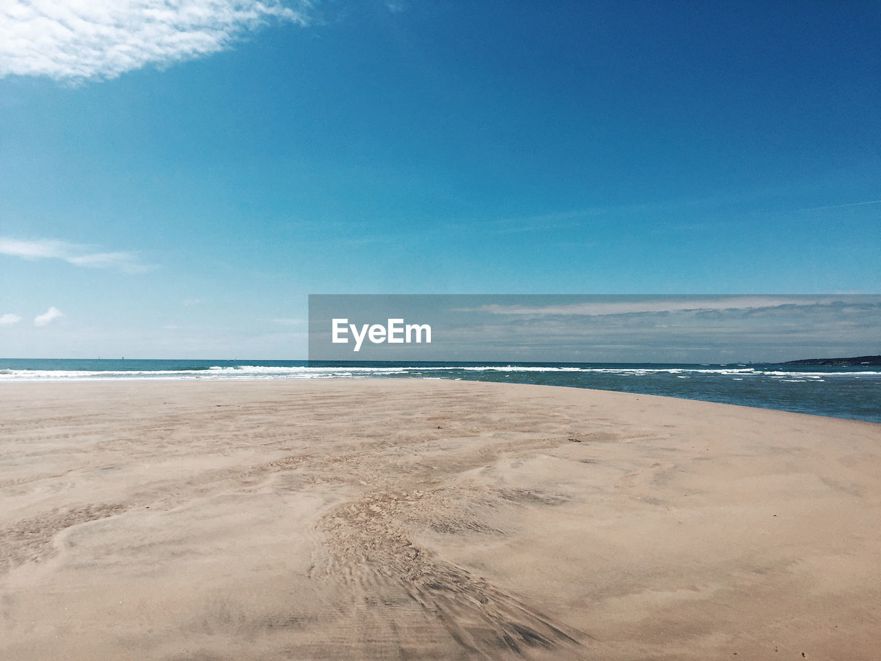 sea, beach, land, sky, water, beauty in nature, scenics - nature, sand, tranquility, tranquil scene, horizon over water, horizon, cloud - sky, nature, blue, day, no people, idyllic, non-urban scene, outdoors