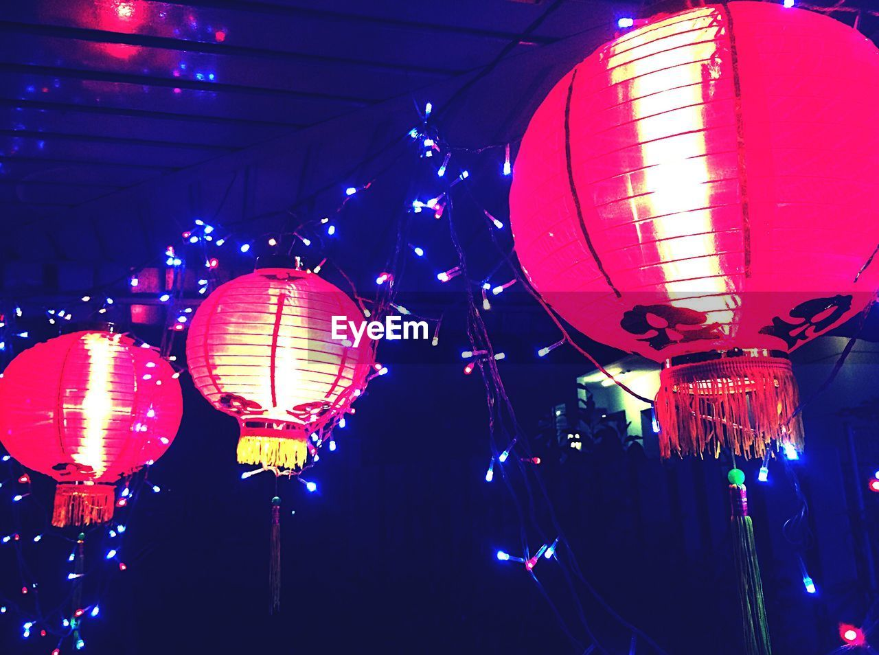 illuminated, lighting equipment, chinese lantern, night, lantern, hanging, decoration, low angle view, celebration, chinese lantern festival, cultures, traditional festival, chinese new year, red, outdoors, no people