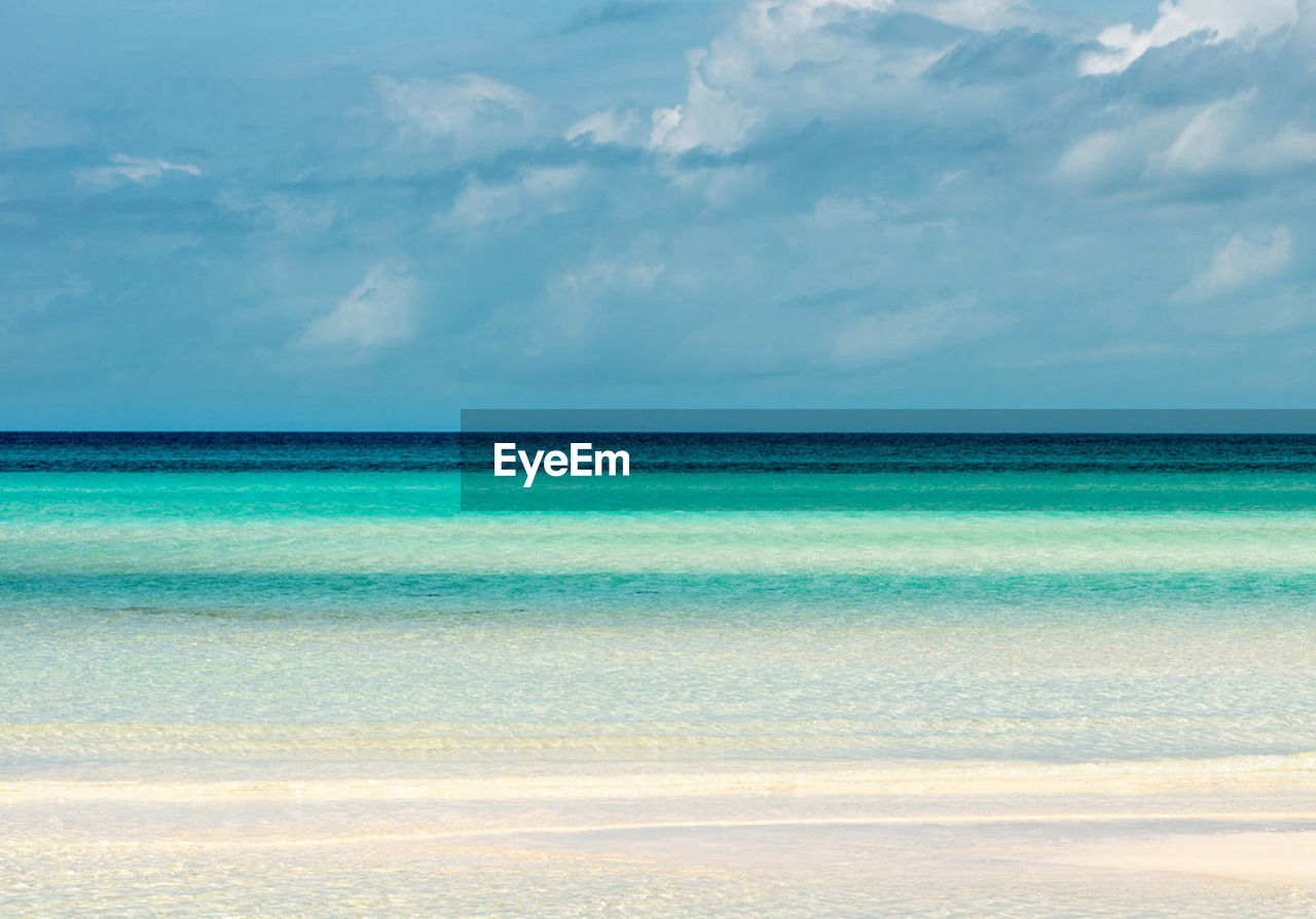 sea, scenics - nature, sky, water, beauty in nature, cloud - sky, tranquil scene, horizon, tranquility, horizon over water, no people, day, land, nature, blue, idyllic, beach, non-urban scene, turquoise colored, outdoors, purity