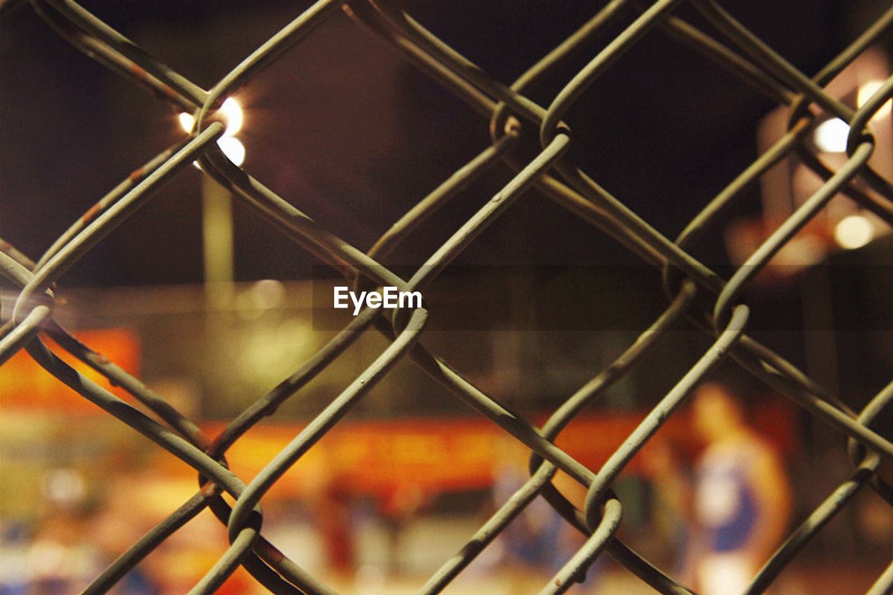 chainlink fence, protection, safety, metal, security, focus on foreground, close-up, no people, pattern, day, outdoors, sky