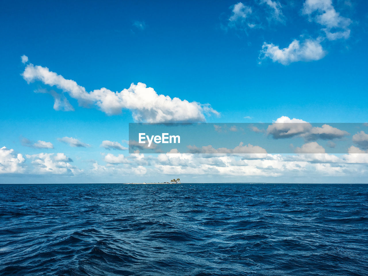 sky, sea, horizon over water, water, scenics - nature, cloud - sky, horizon, beauty in nature, blue, tranquil scene, waterfront, tranquility, day, nature, no people, idyllic, seascape, nautical vessel, non-urban scene, outdoors