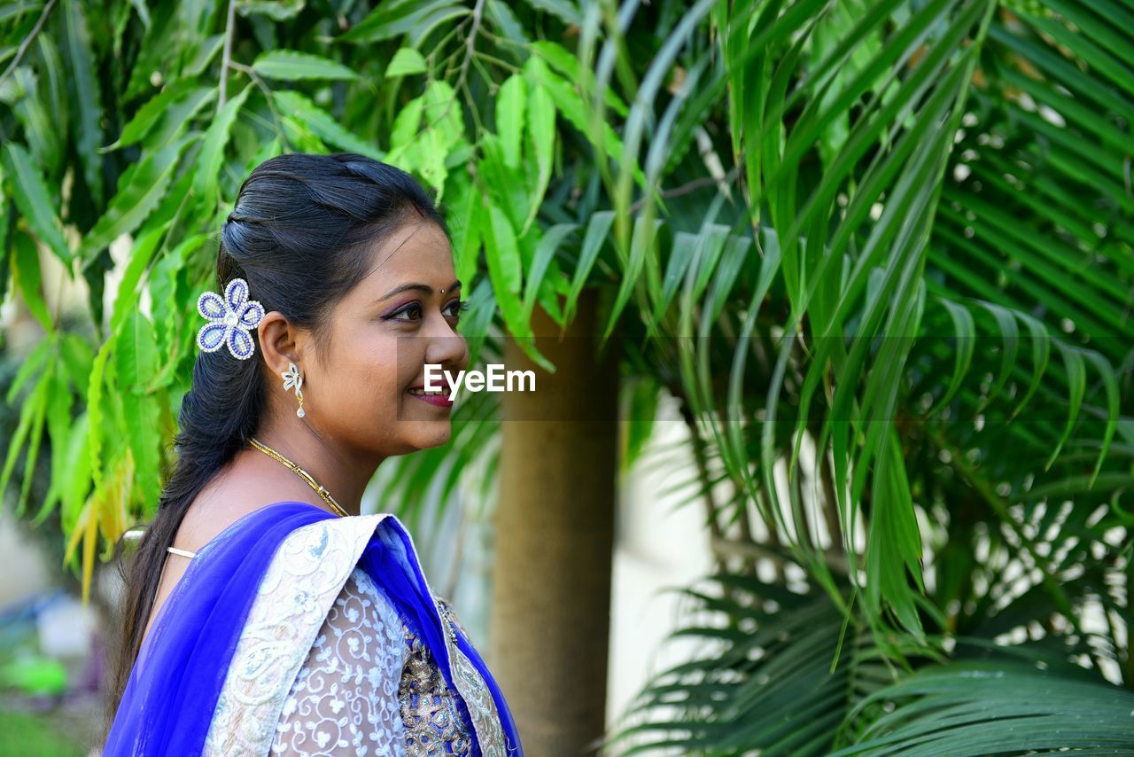 Engagement photoshoot Engagement Photography Engagement Beatiful Girl Photography Themes Studio Photography Young Women Tree Beautiful Woman Smiling Women Palm Tree Beautiful People Happiness Beauty Leaf Sari Palm Leaf Growing Traditional Clothing Date Palm Tree