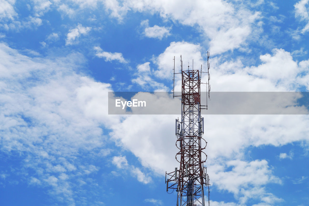 cloud - sky, sky, low angle view, tower, technology, global communications, built structure, communication, architecture, broadcasting, tall - high, connection, no people, day, satellite dish, nature, satellite, antenna - aerial, outdoors, wireless technology