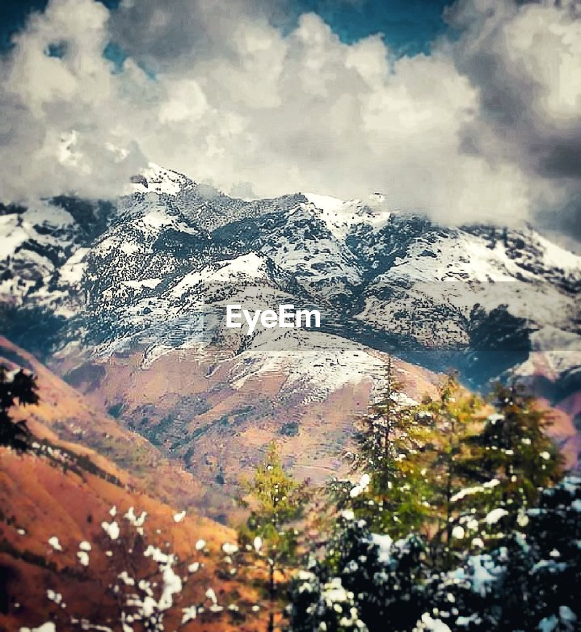 mountain, snow, nature, winter, cold temperature, mountain range, snowcapped mountain, tranquility, beauty in nature, scenics, no people, day, peak, outdoors, landscape, sky, range