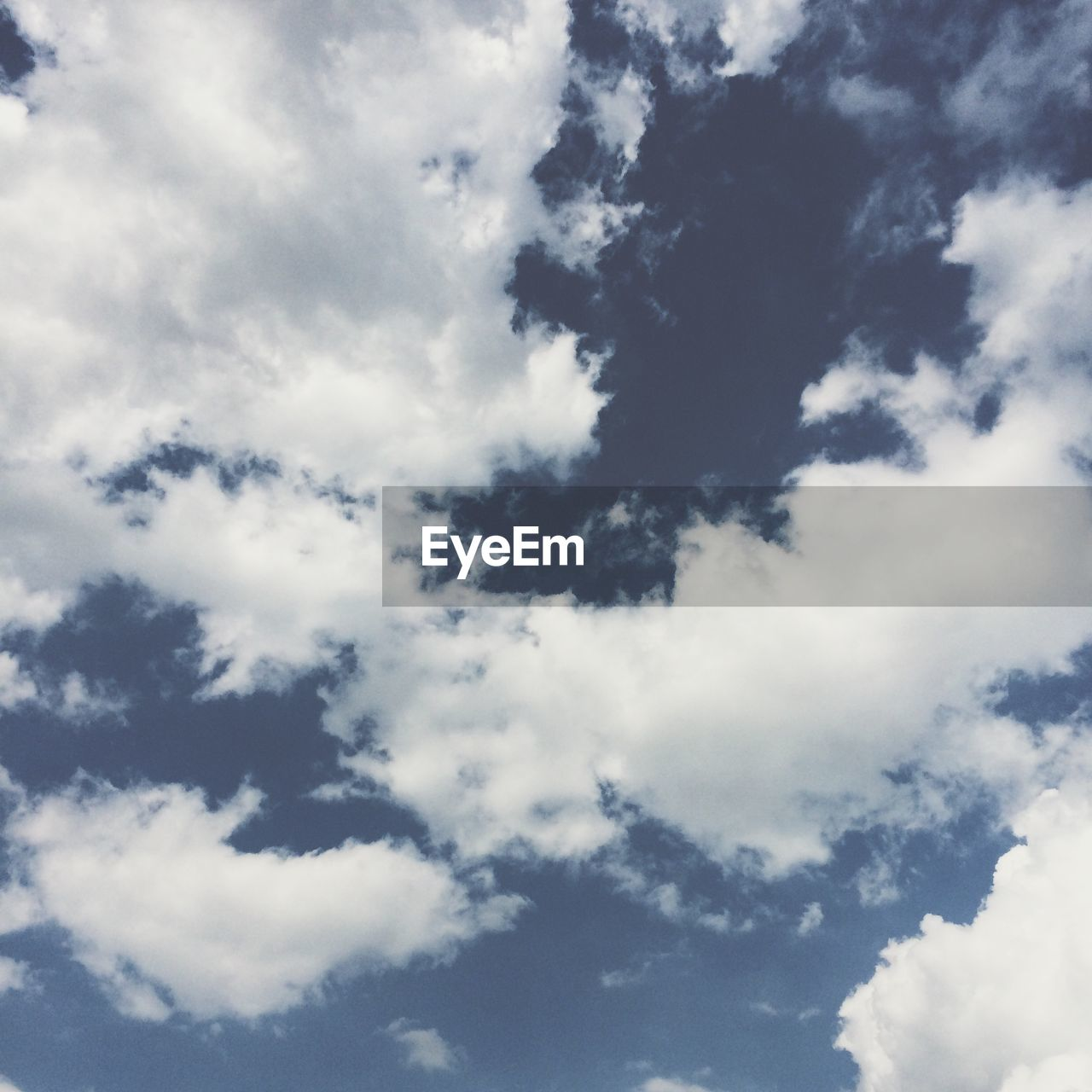 nature, beauty in nature, backgrounds, sky, full frame, cloud - sky, low angle view, atmospheric mood, scenics, tranquility, sky only, no people, day, outdoors, blue