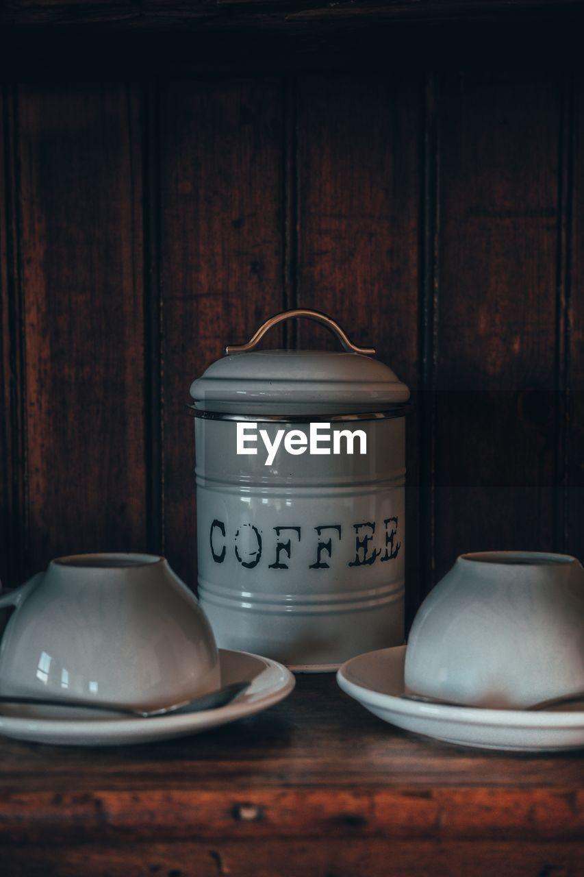 CLOSE-UP OF EMPTY TEA