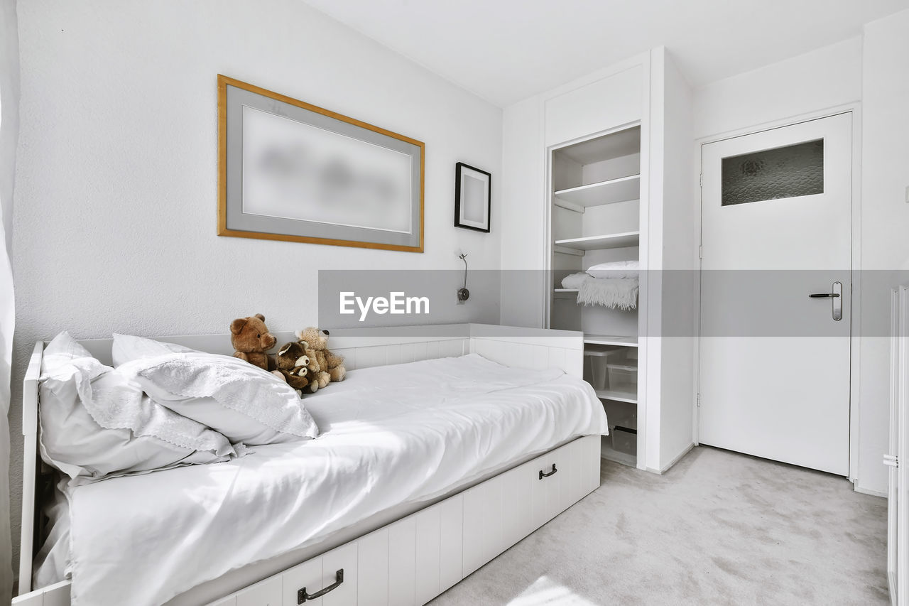VIEW OF EMPTY BED