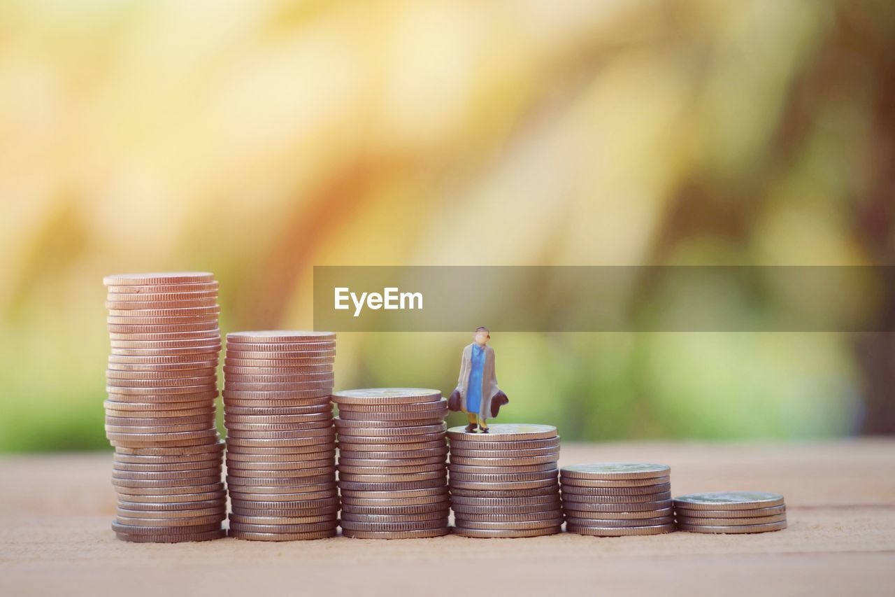 coin, finance, business, savings, stack, currency, wealth, large group of objects, still life, finance and economy, table, side by side, no people, investment, business finance and industry, selective focus, focus on foreground, growth, close-up, economy, silver colored
