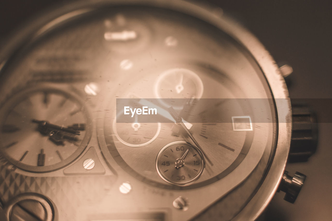 number, time, clock, technology, no people, close-up, watch, old-fashioned, wristwatch, minute hand, indoors, clock face, hour hand, day
