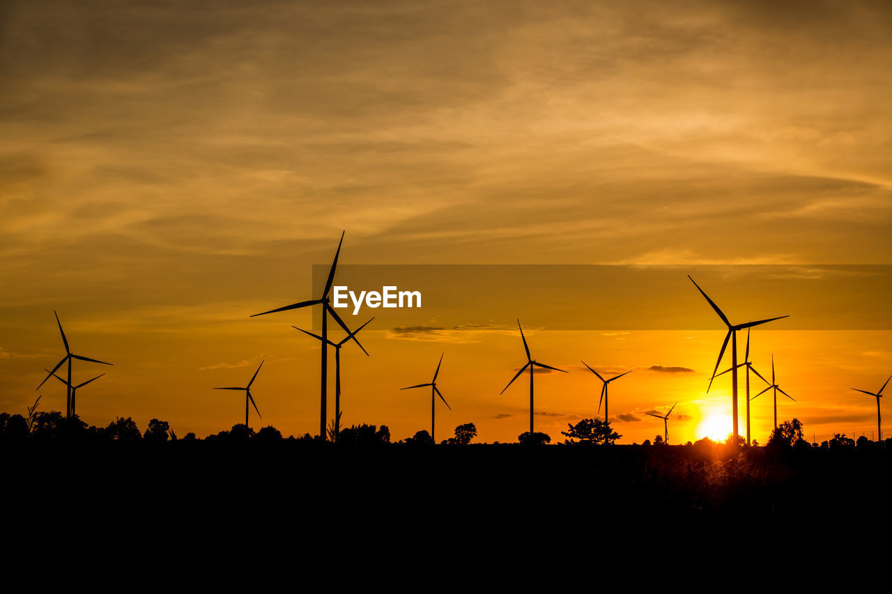 sunset, sky, fuel and power generation, silhouette, wind turbine, turbine, renewable energy, wind power, alternative energy, environmental conservation, beauty in nature, orange color, environment, cloud - sky, technology, scenics - nature, nature, tranquil scene, tranquility, land, no people, sustainable resources, power supply