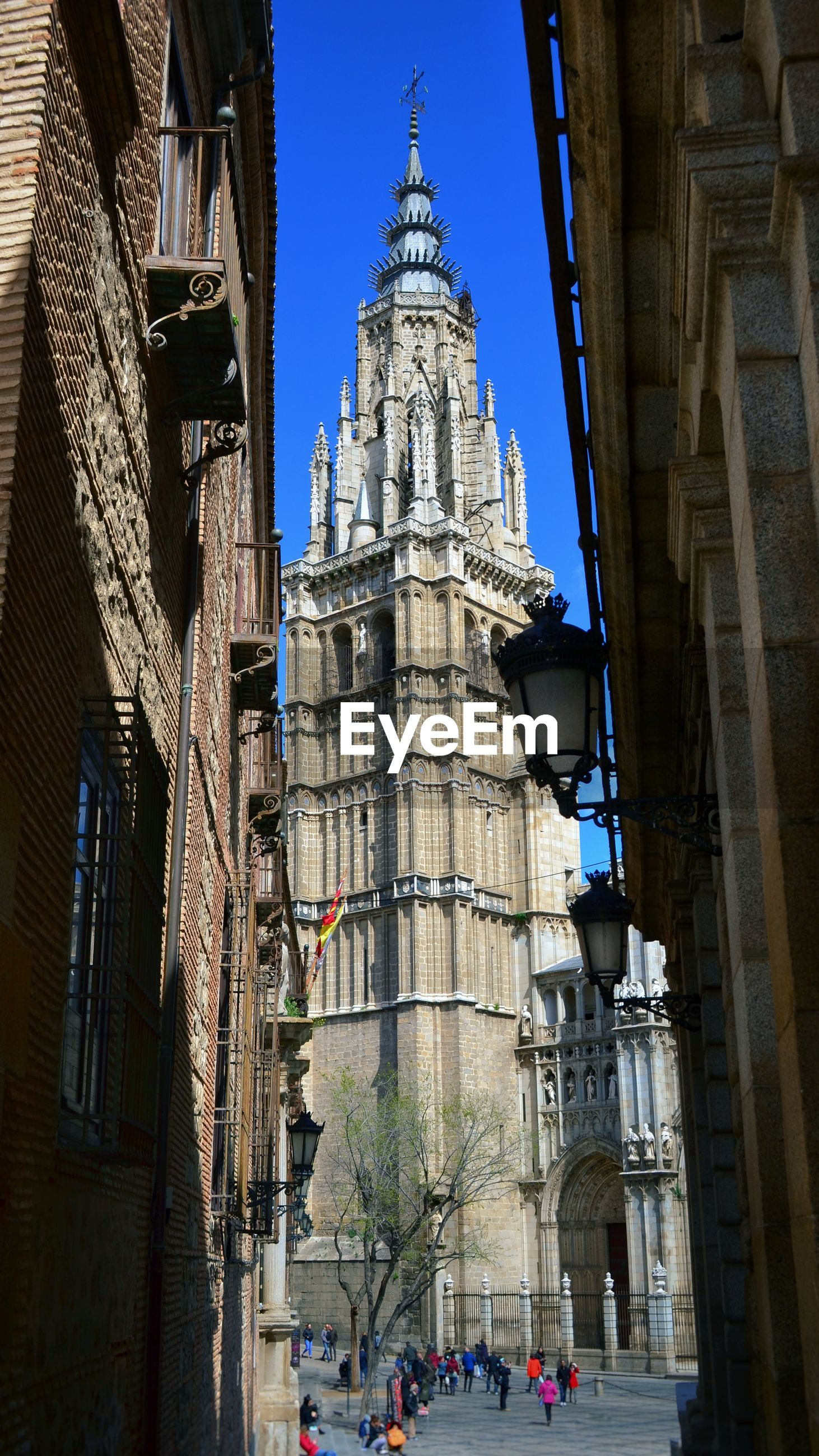 Toledo cathedral in city