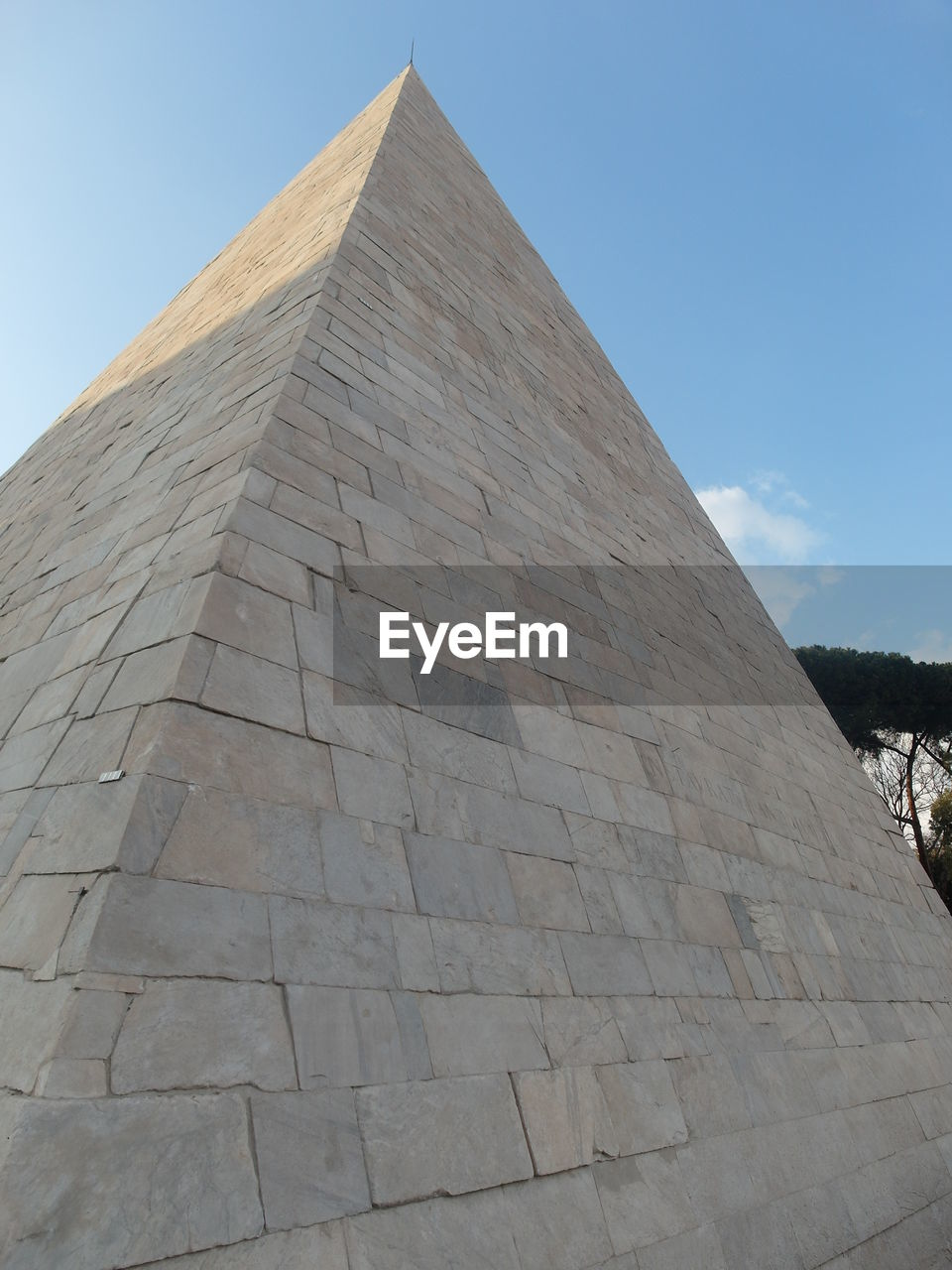 pyramid, history, architecture, ancient civilization, built structure, travel destinations, ancient, low angle view, day, outdoors, archaeology, tourism, no people, sky, building exterior