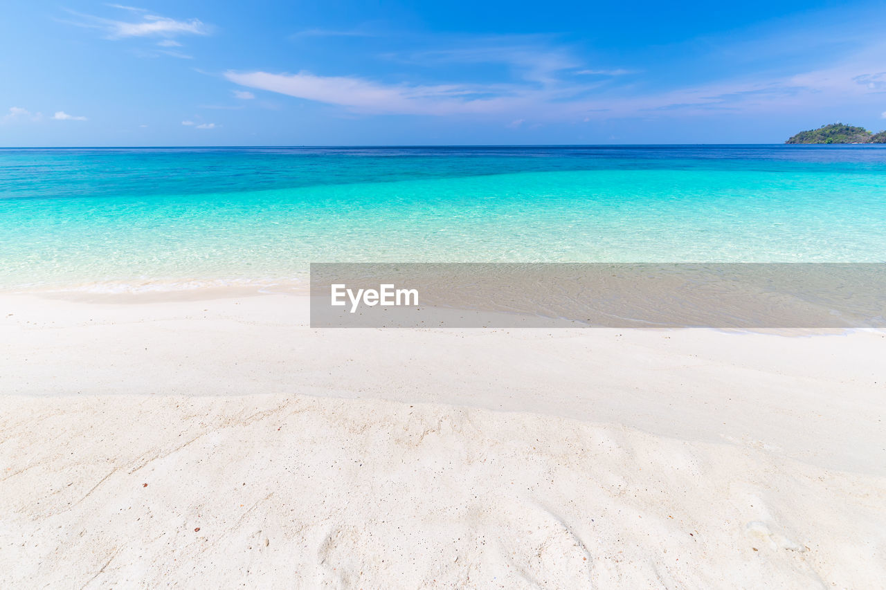 sky, water, sea, scenics - nature, beach, beauty in nature, land, tranquility, tranquil scene, horizon over water, horizon, cloud - sky, blue, nature, idyllic, sand, day, non-urban scene, no people, outdoors, turquoise colored, salt flat