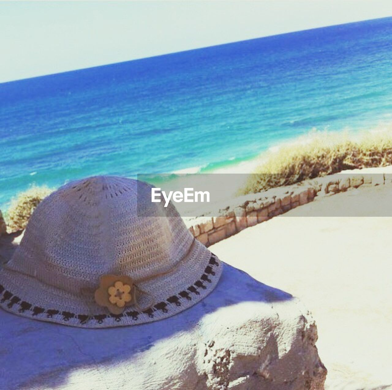 beach, sand, sea, water, shore, tranquil scene, beauty in nature, nature, horizon over water, day, vacations, scenics, sunlight, summer, outdoors, tranquility, no people, clear sky, sky