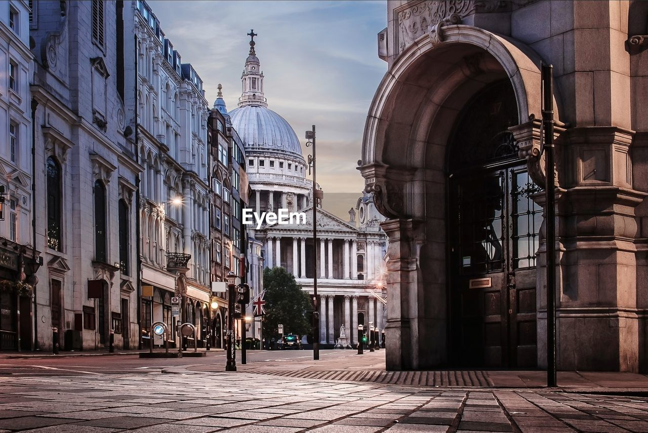 Street Amidst Buildings Leading Towards St Paul Cathedral