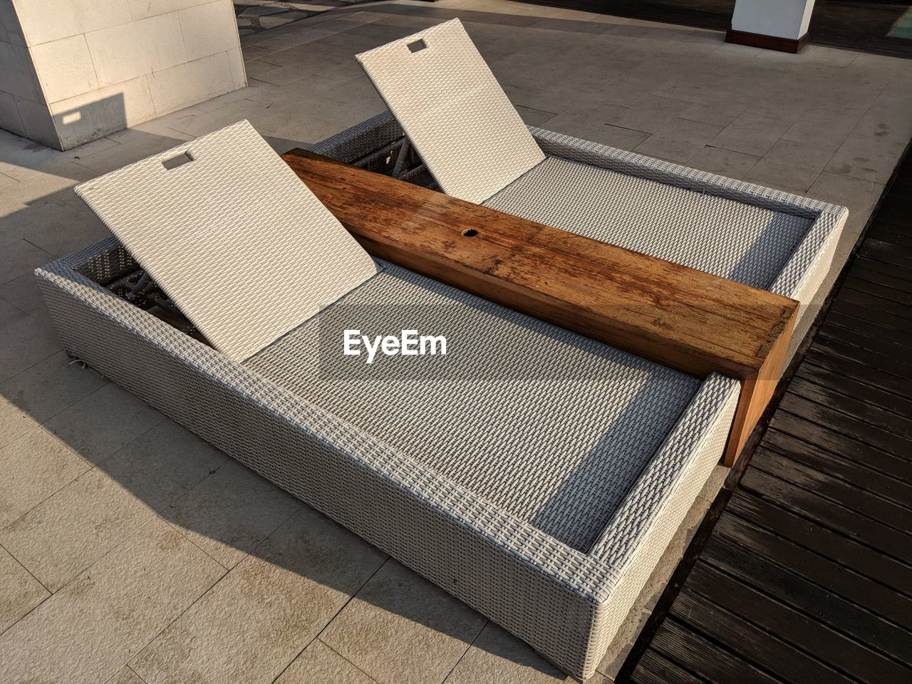 Swimming pool lay down chair