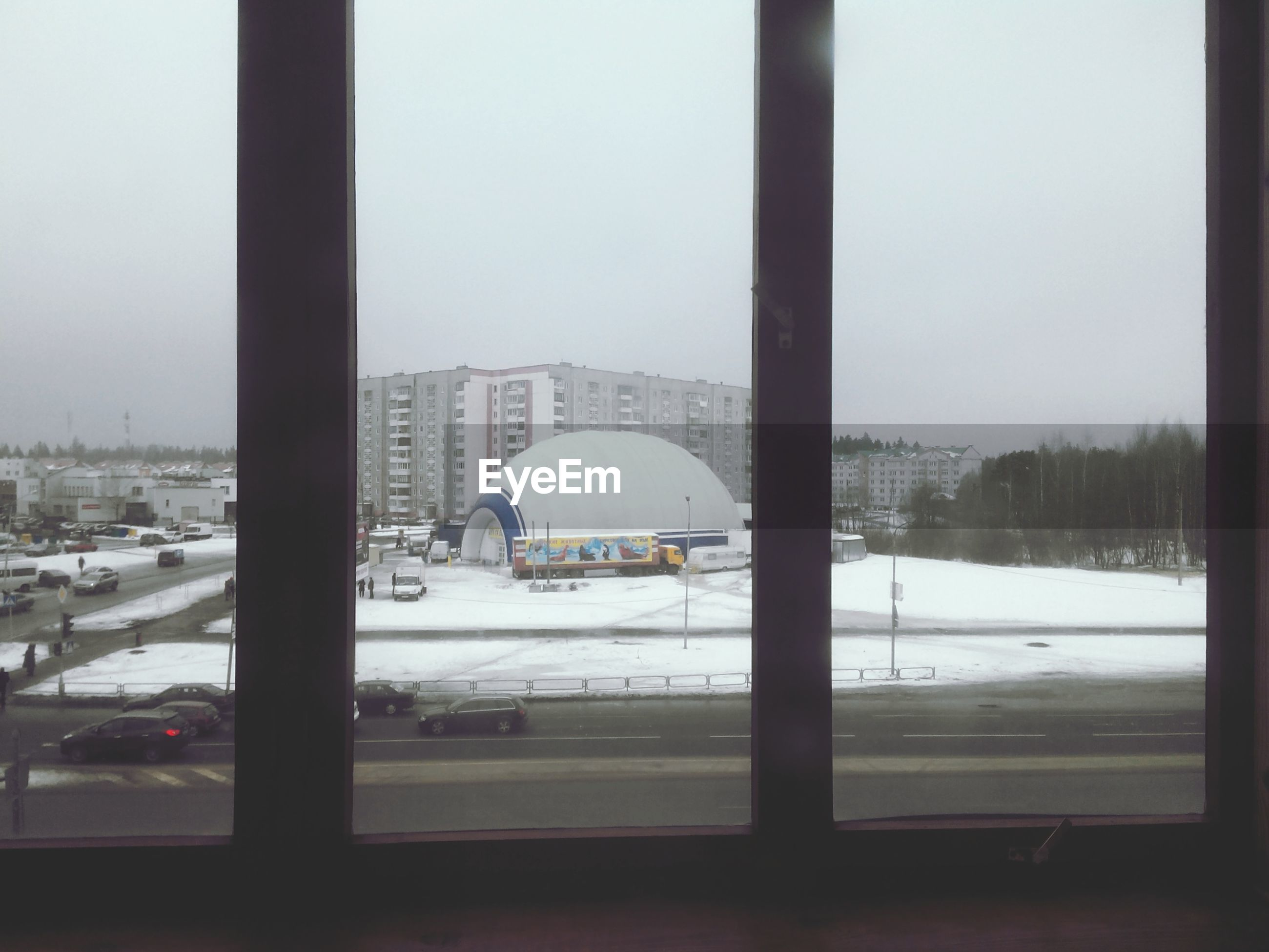 snow, winter, cold temperature, season, weather, transportation, mode of transport, covering, window, frozen, glass - material, car, architecture, built structure, land vehicle, transparent, public transportation, white color, travel, indoors
