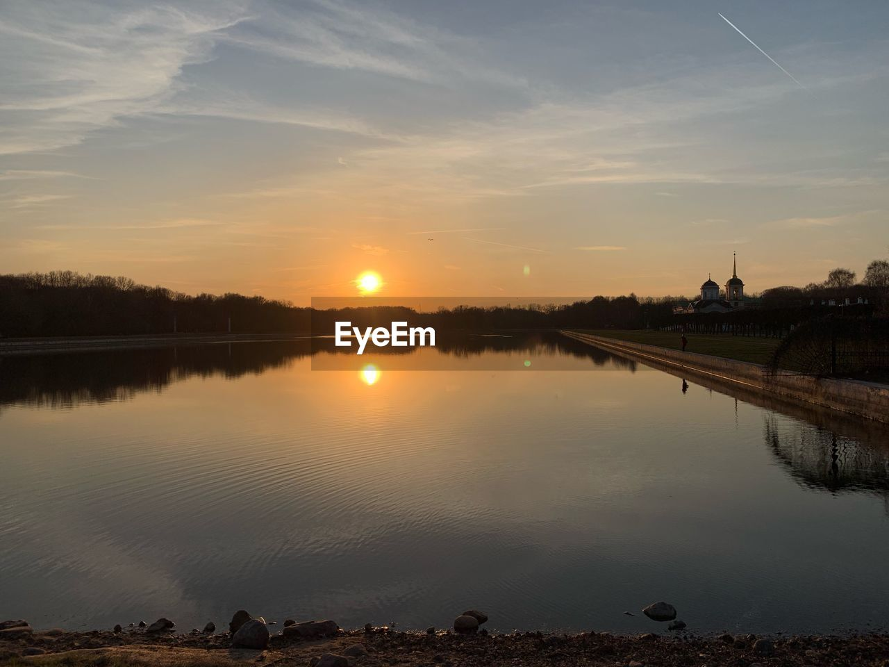 water, sunset, sky, reflection, scenics - nature, beauty in nature, tranquility, tranquil scene, lake, nature, no people, cloud - sky, sun, orange color, idyllic, non-urban scene, outdoors, plant, tree
