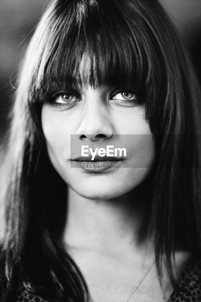 portrait, headshot, one person, hairstyle, front view, young adult, young women, close-up, hair, women, long hair, real people, bangs, looking at camera, lifestyles, beauty, beautiful woman, leisure activity, focus on foreground, adult, human face, teenager, human hair