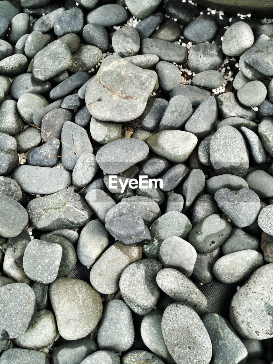 pebble, full frame, large group of objects, backgrounds, no people, pebble beach, beach, nature, close-up, day, water, outdoors, beauty in nature