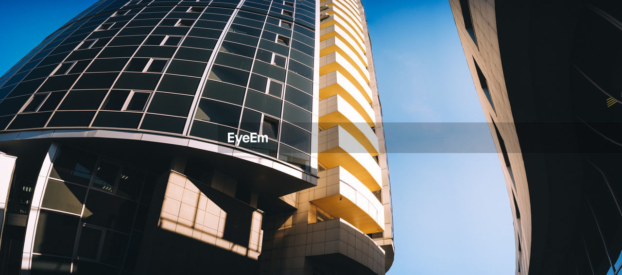 EyeEm Selects City Skyscraper Modern Business Finance And Industry Steel Business Architecture Building Exterior Sky Built Structure Office Building Tall - High Façade Tower Urban Skyline Office Block Financial District