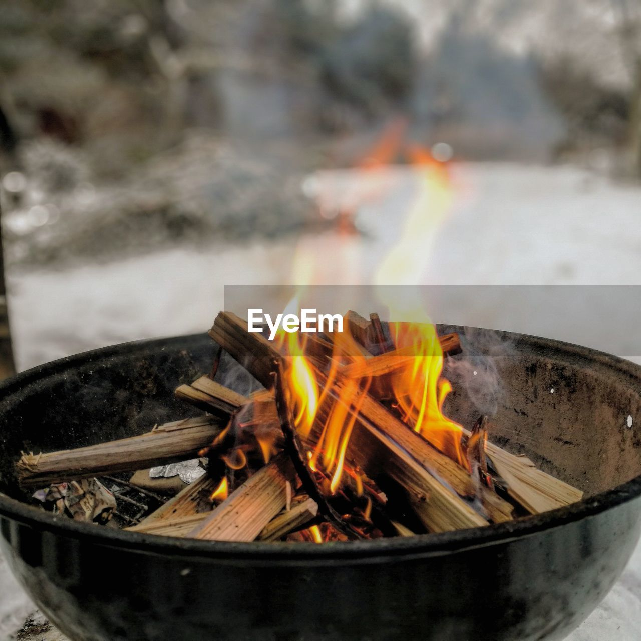 heat - temperature, flame, fire - natural phenomenon, burning, fire, wood, log, nature, wood - material, no people, firewood, motion, fire pit, long exposure, glowing, day, smoke - physical structure, focus on foreground, close-up, outdoors, bonfire