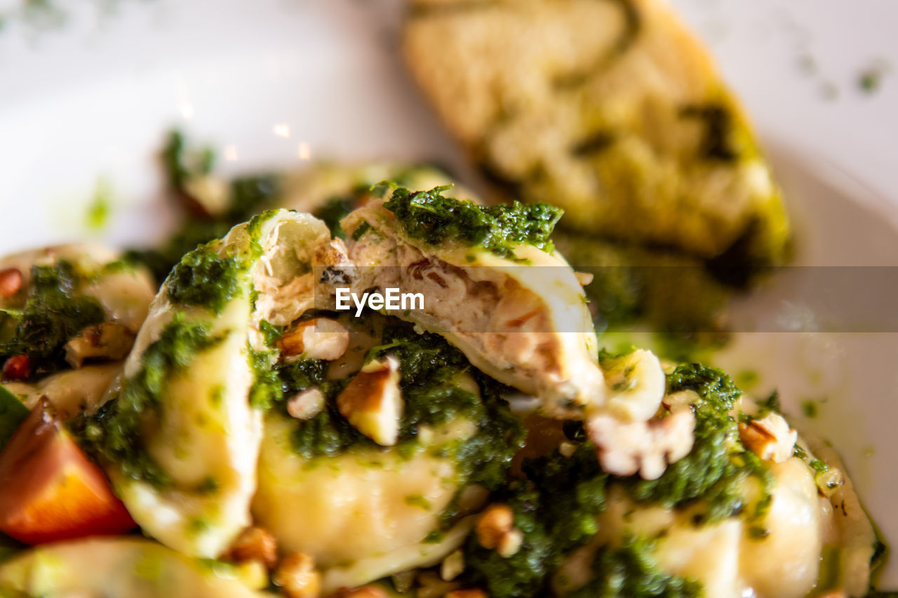 food and drink, food, selective focus, freshness, ready-to-eat, plate, close-up, healthy eating, serving size, indoors, wellbeing, still life, vegetable, no people, meal, indulgence, broccoli, green, green color, appetizer, garnish, temptation, vegetarian food, dinner, snack