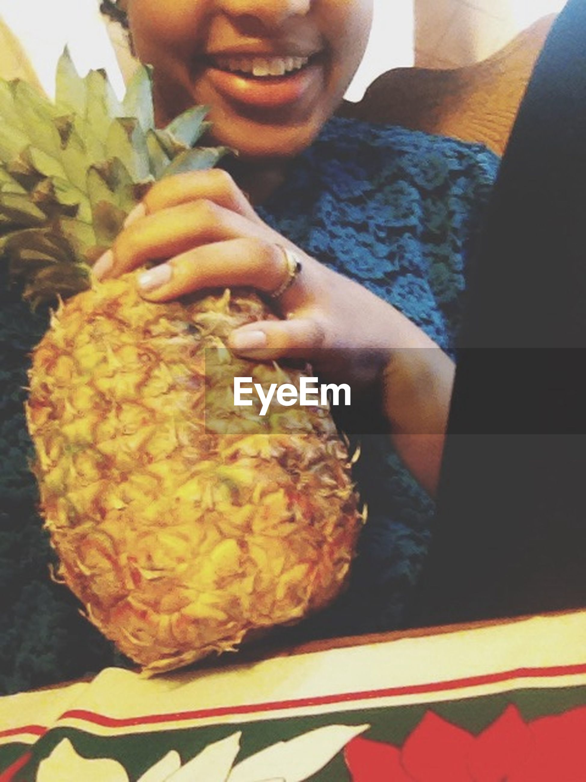 indoors, food and drink, food, person, freshness, holding, close-up, lifestyles, part of, healthy eating, cropped, midsection, unrecognizable person, leisure activity, human finger, focus on foreground