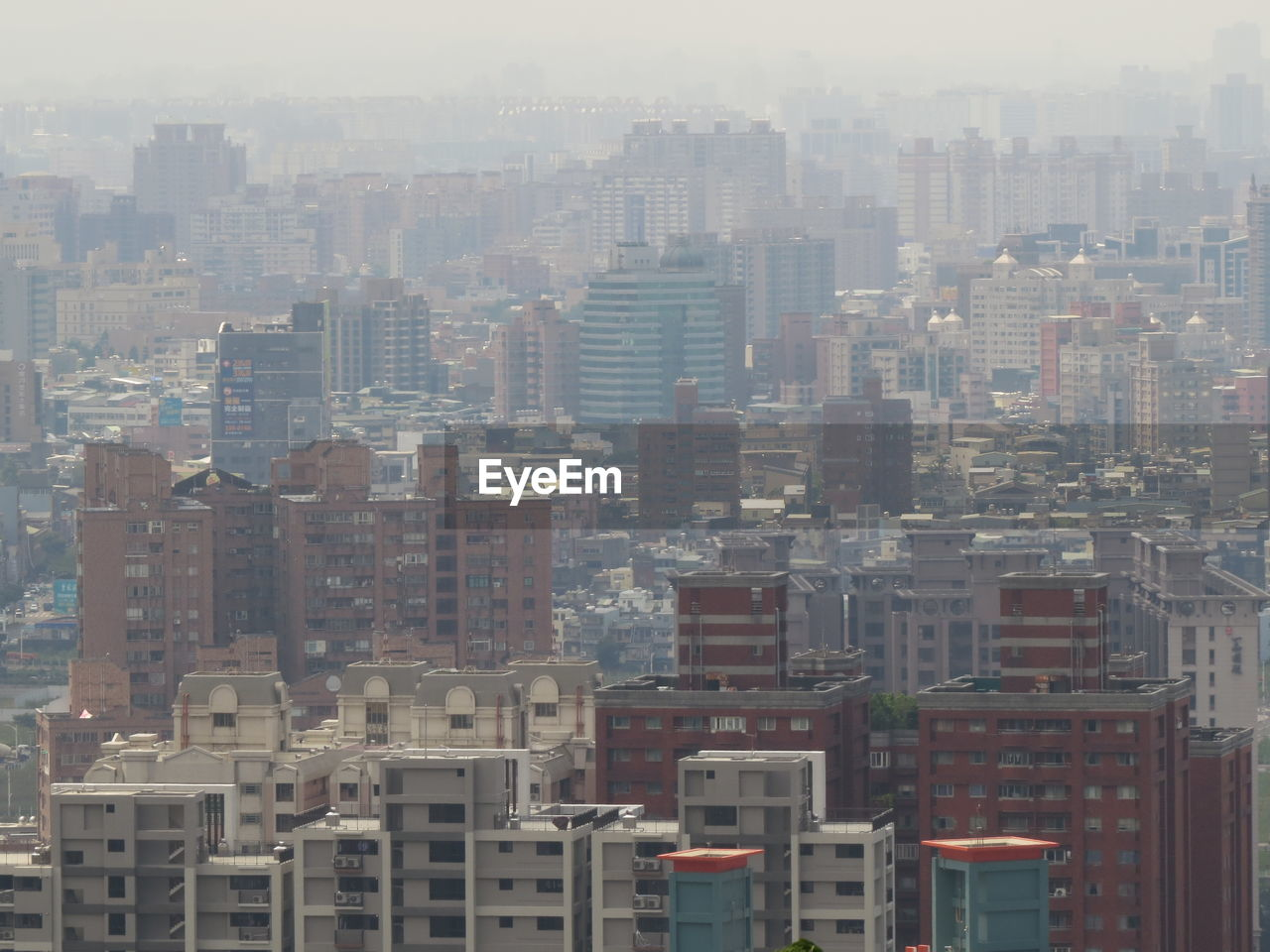 city, architecture, cityscape, building, built structure, building exterior, modern, outdoors, nature, no people, residential district, opportunity, strength, place, positive emotion, fog, challenge, skyscraper, office building exterior, apartment, location, neighborhood