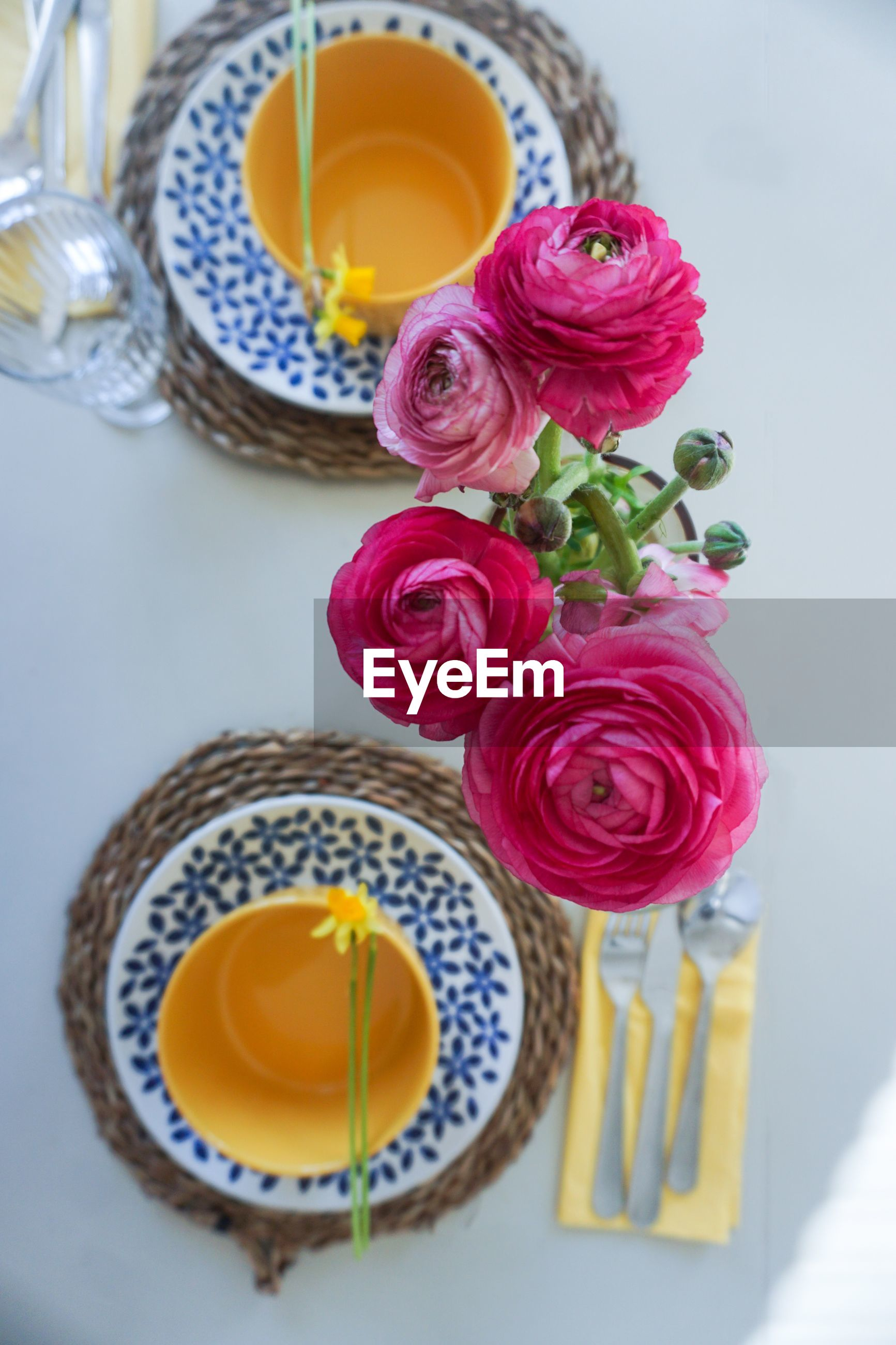 Table setting for spring and easter