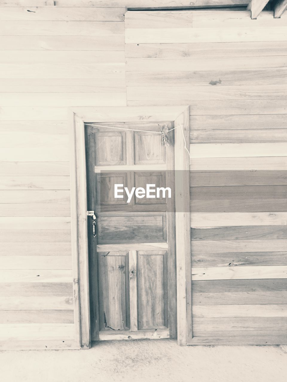 door, wood - material, closed, no people, doorway, day, built structure, architecture, outdoors, close-up