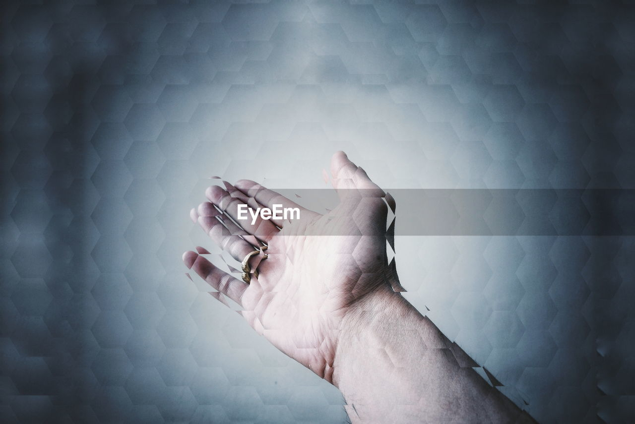 human hand, human body part, one person, indoors, real people, men, close-up, day, people