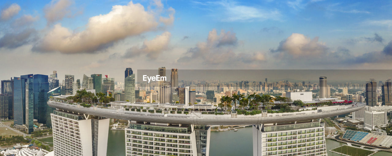 building exterior, built structure, architecture, city, sky, cityscape, building, office building exterior, skyscraper, cloud - sky, urban skyline, nature, tall - high, modern, office, tower, no people, residential district, day, outdoors, financial district