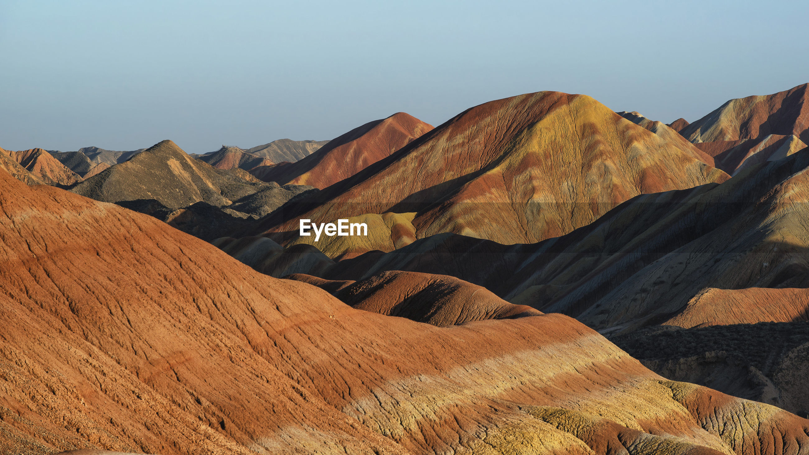 Colorful zhangye danxia national geopark or china's rainbow mountains during sunset, gansu, china