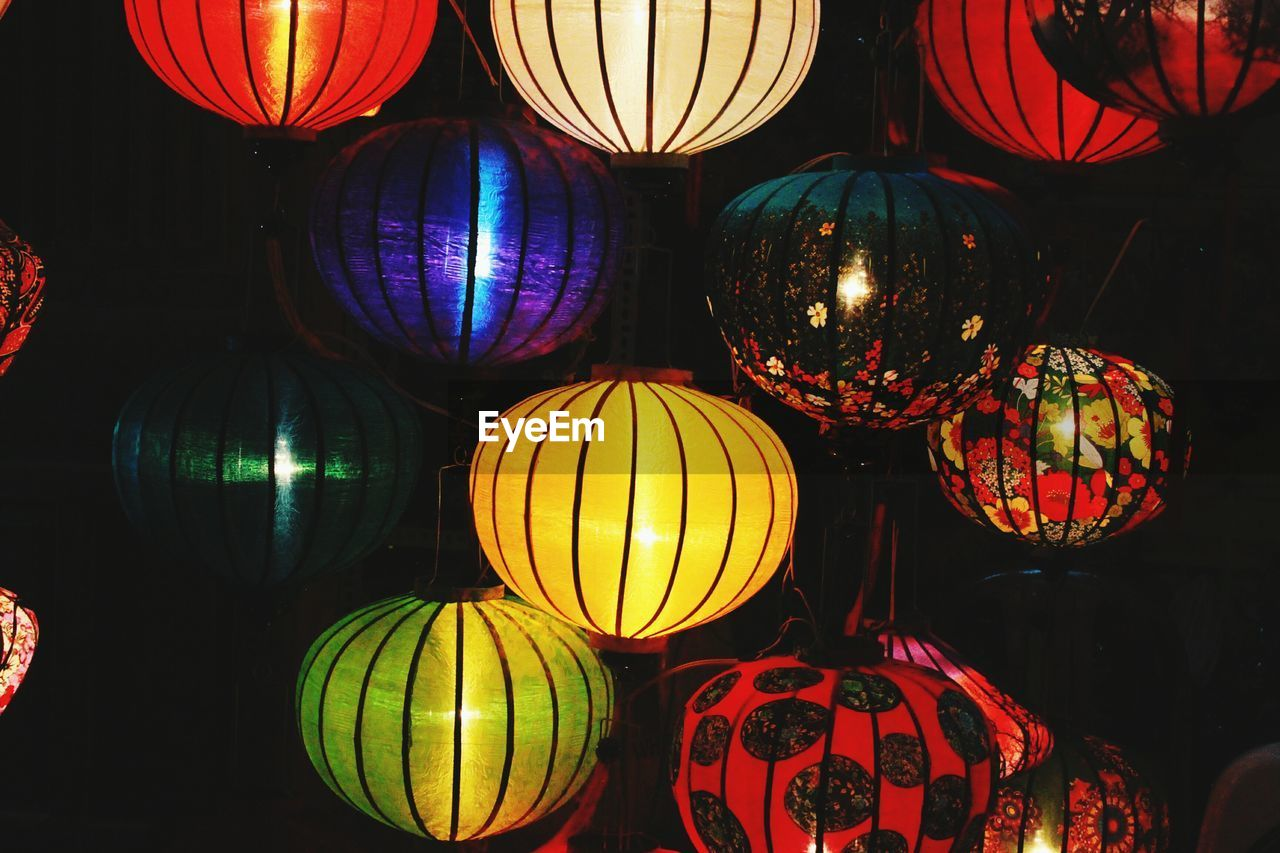 hanging, multi colored, decoration, lantern, illuminated, lighting equipment, celebration, cultures, night, variation, tradition, traditional festival, choice, chinese lantern, large group of objects, no people, indoors