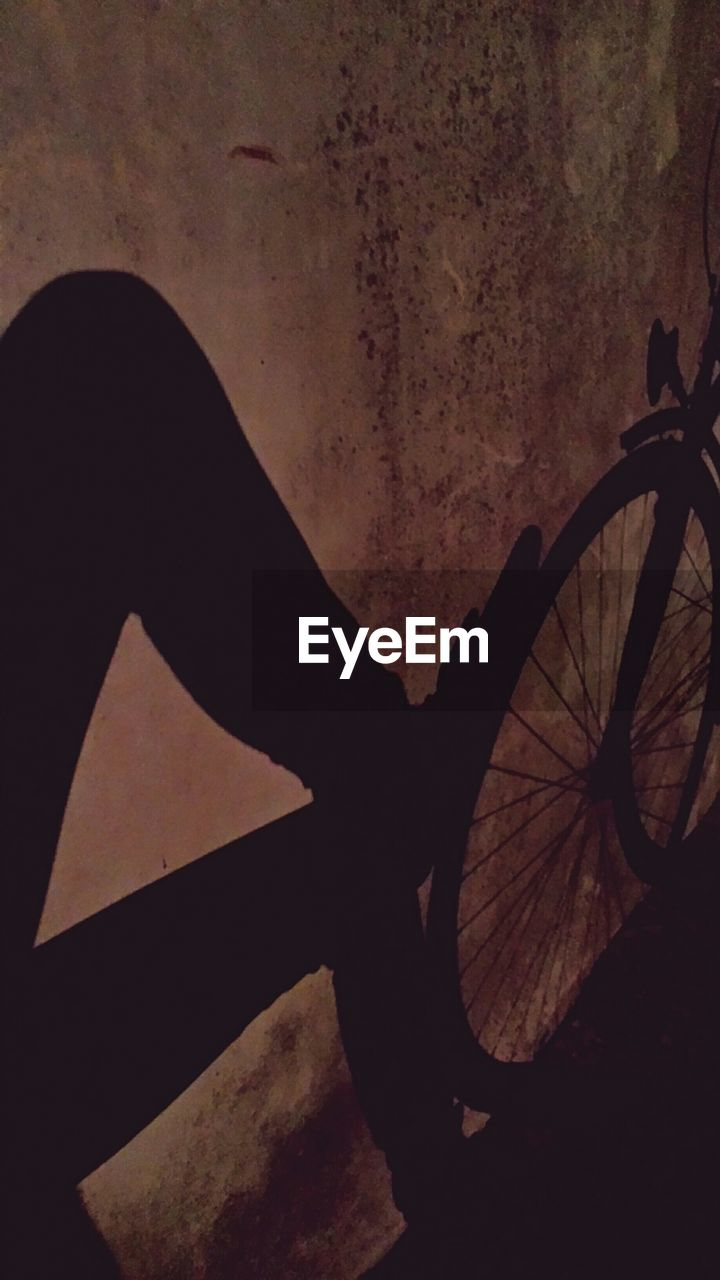 transportation, bicycle, mode of transport, silhouette, wheel, land vehicle, outdoors, no people, close-up, night, pedal, tire, nature, sky