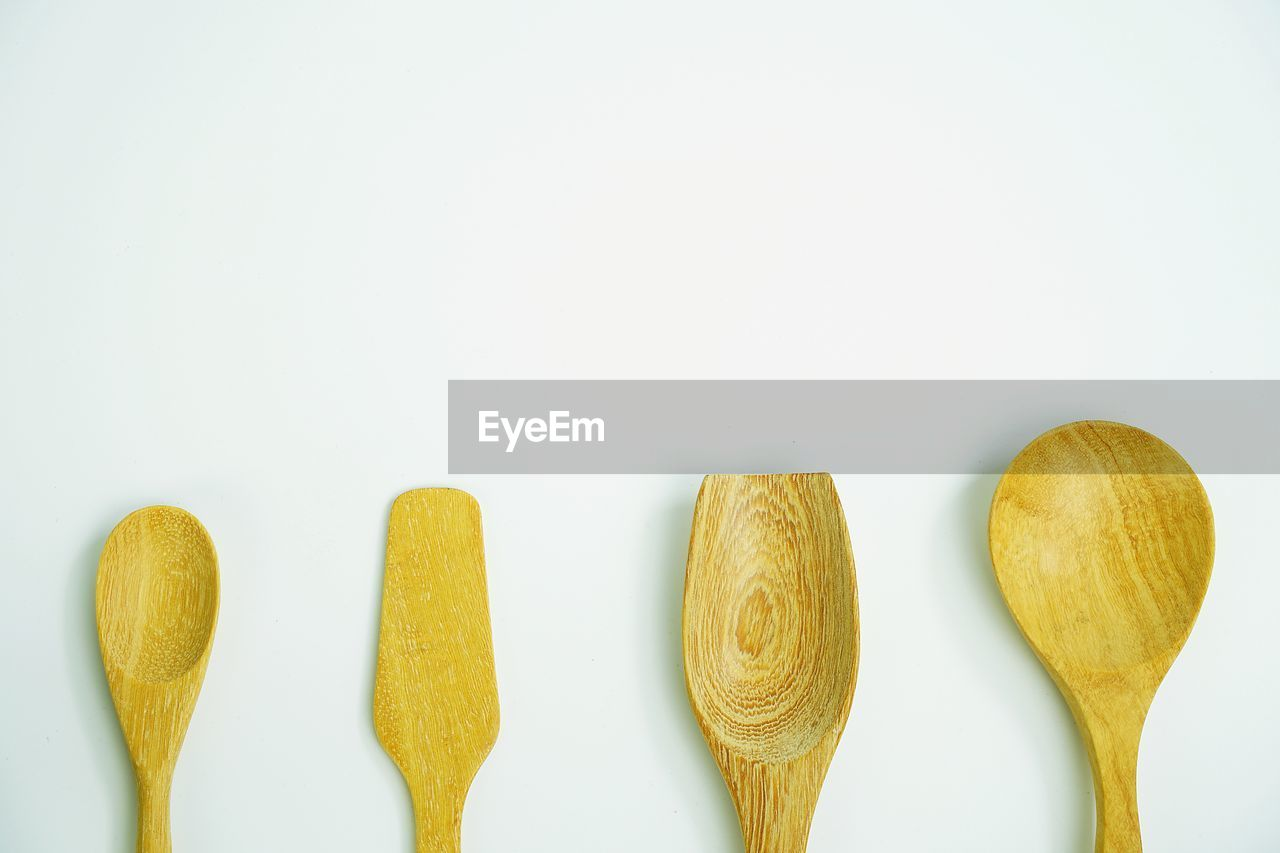 white background, studio shot, still life, food and drink, food, copy space, wooden spoon, no people, directly above, close-up, freshness, sweet food, indoors