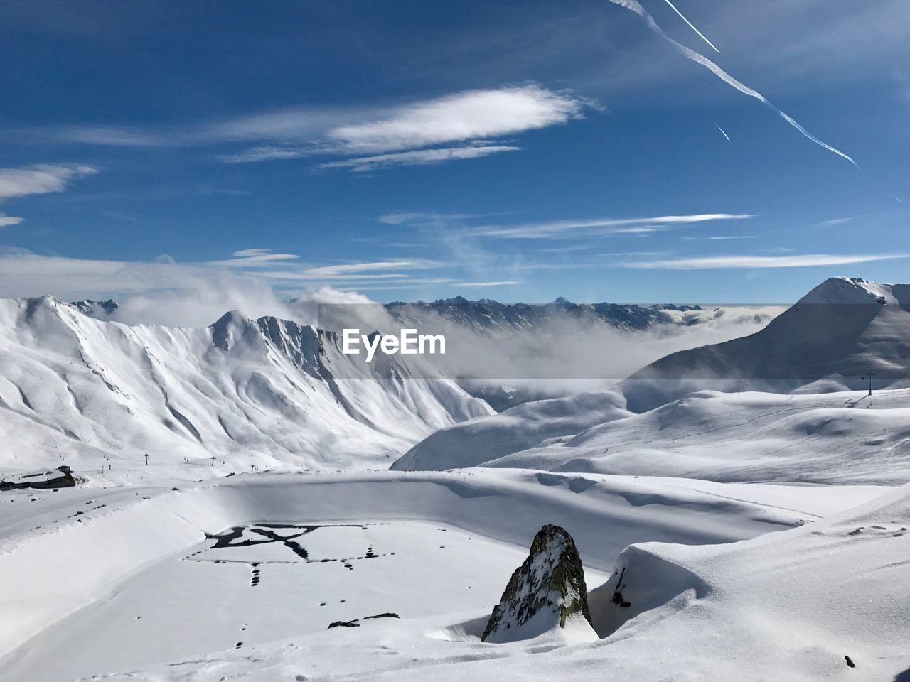 snow, winter, cold temperature, beauty in nature, cloud - sky, scenics - nature, sky, non-urban scene, mountain, tranquility, tranquil scene, environment, white color, landscape, nature, snowcapped mountain, day, mountain range, no people, outdoors, powder snow