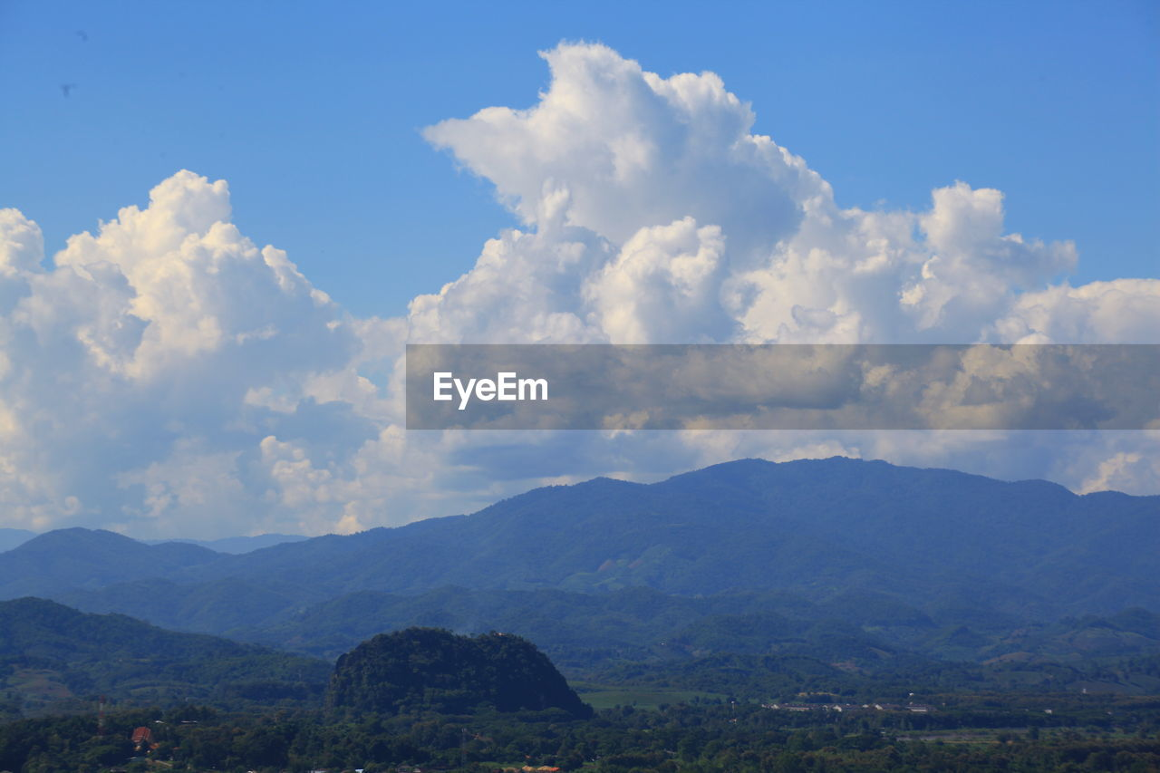 sky, nature, beauty in nature, tranquility, scenics, tranquil scene, no people, day, mountain, outdoors, landscape, cloud - sky