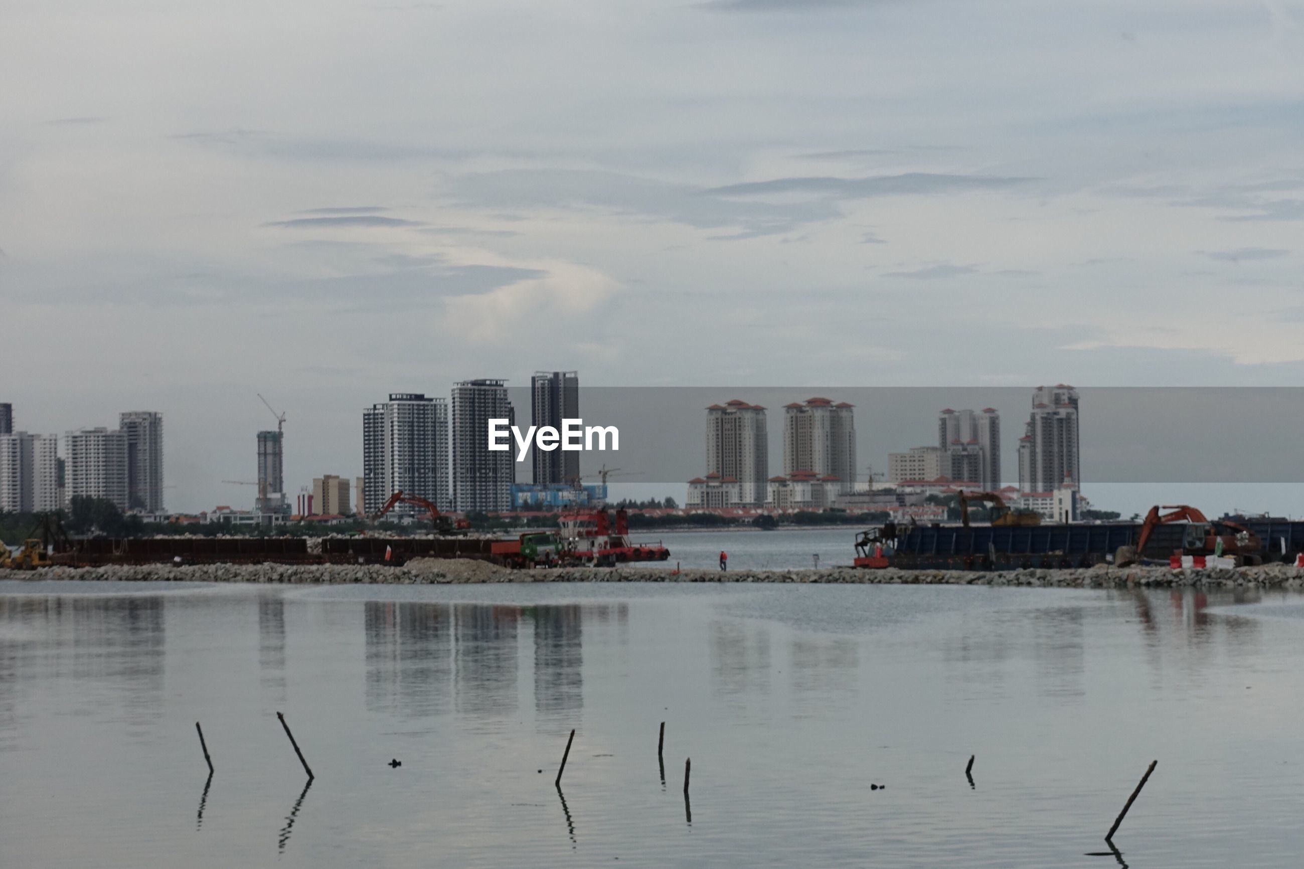 VIEW OF CITY WITH WATERFRONT