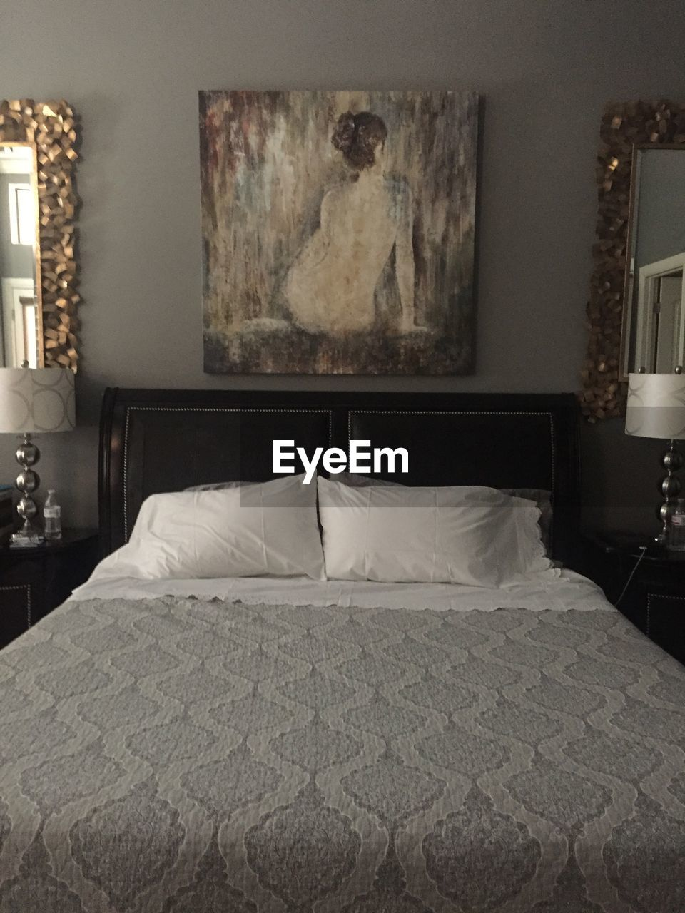 bed, bedroom, indoors, home interior, absence, home showcase interior, no people, pillow, furniture, domestic room, luxury, day