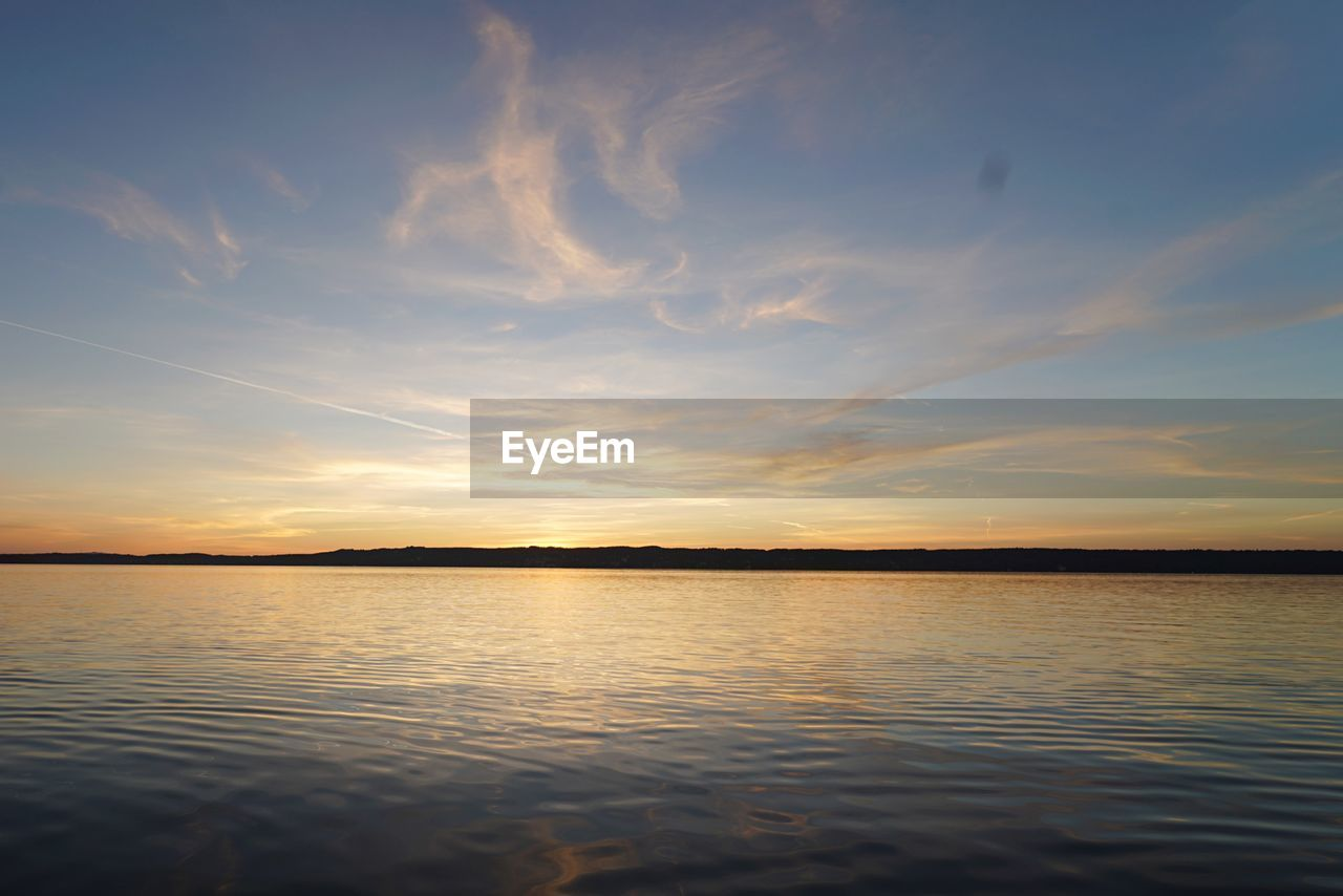 sky, water, scenics - nature, beauty in nature, tranquil scene, sunset, tranquility, cloud - sky, waterfront, lake, nature, idyllic, no people, non-urban scene, orange color, reflection, outdoors, silhouette