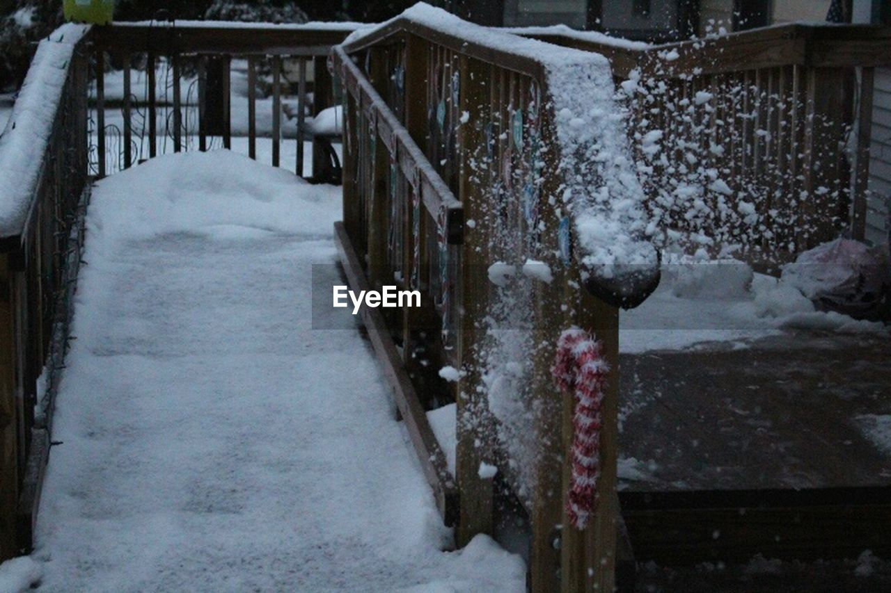 snow, winter, cold temperature, weather, frozen, nature, no people, outdoors, built structure, snowing, day, architecture