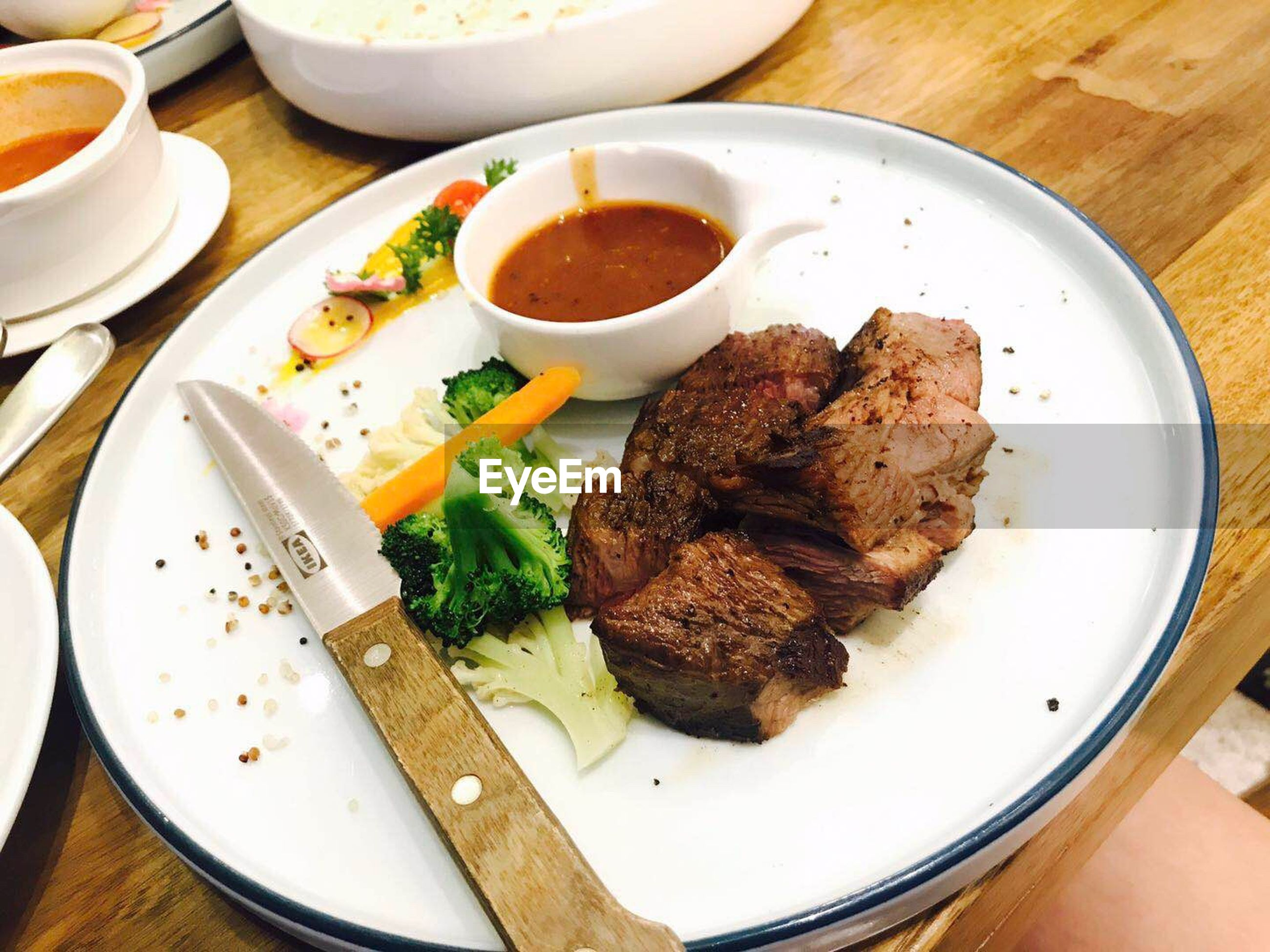 food and drink, food, ready-to-eat, table, meat, plate, freshness, healthy eating, indoors, serving size, still life, close-up, high angle view, bowl, wellbeing, vegetable, meal, no people, red meat, indulgence, beef, temptation, garnish
