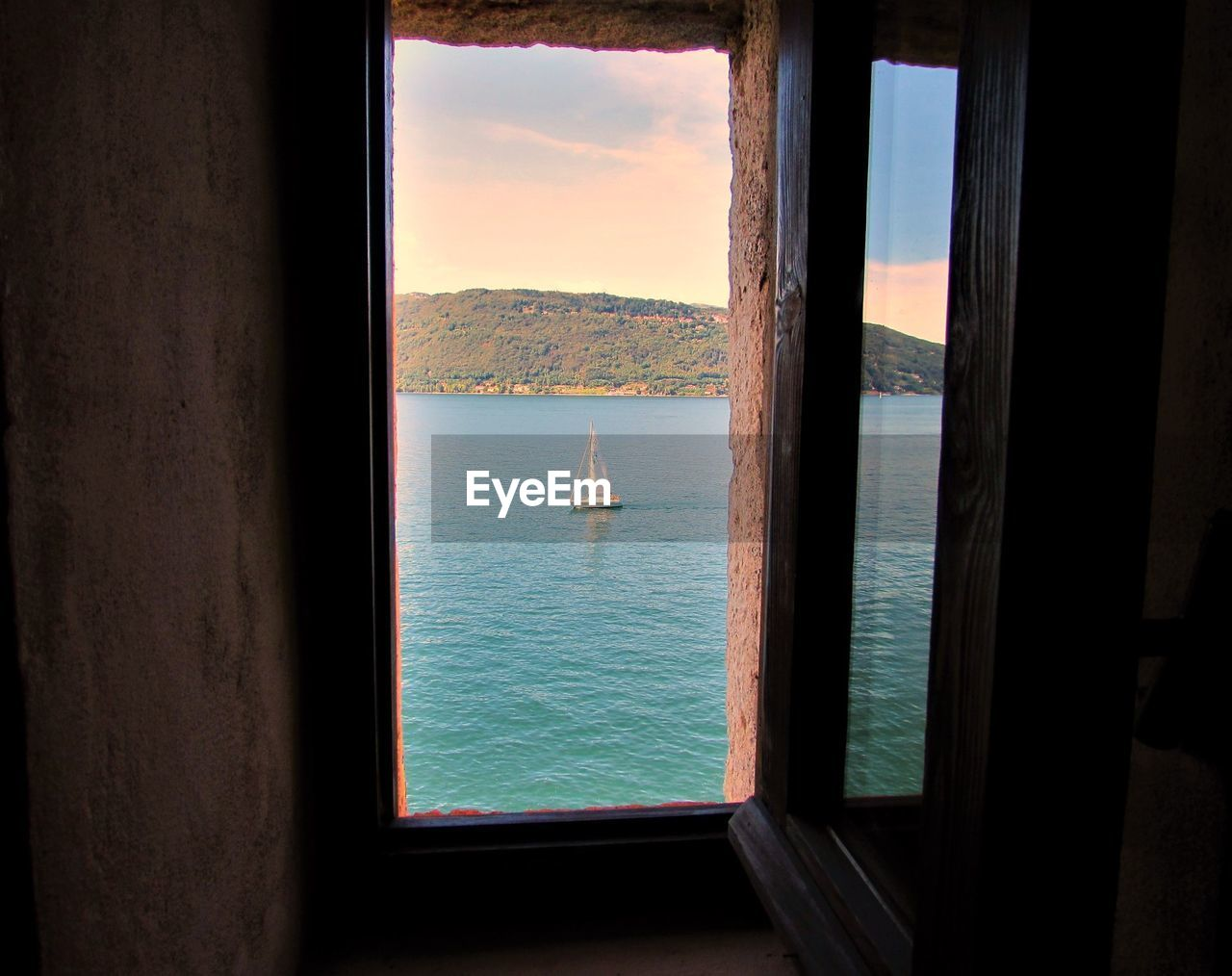 water, sea, window, nautical vessel, sky, transportation, mode of transportation, no people, scenics - nature, day, beauty in nature, glass - material, nature, transparent, horizon, tranquility, tranquil scene, outdoors, horizon over water