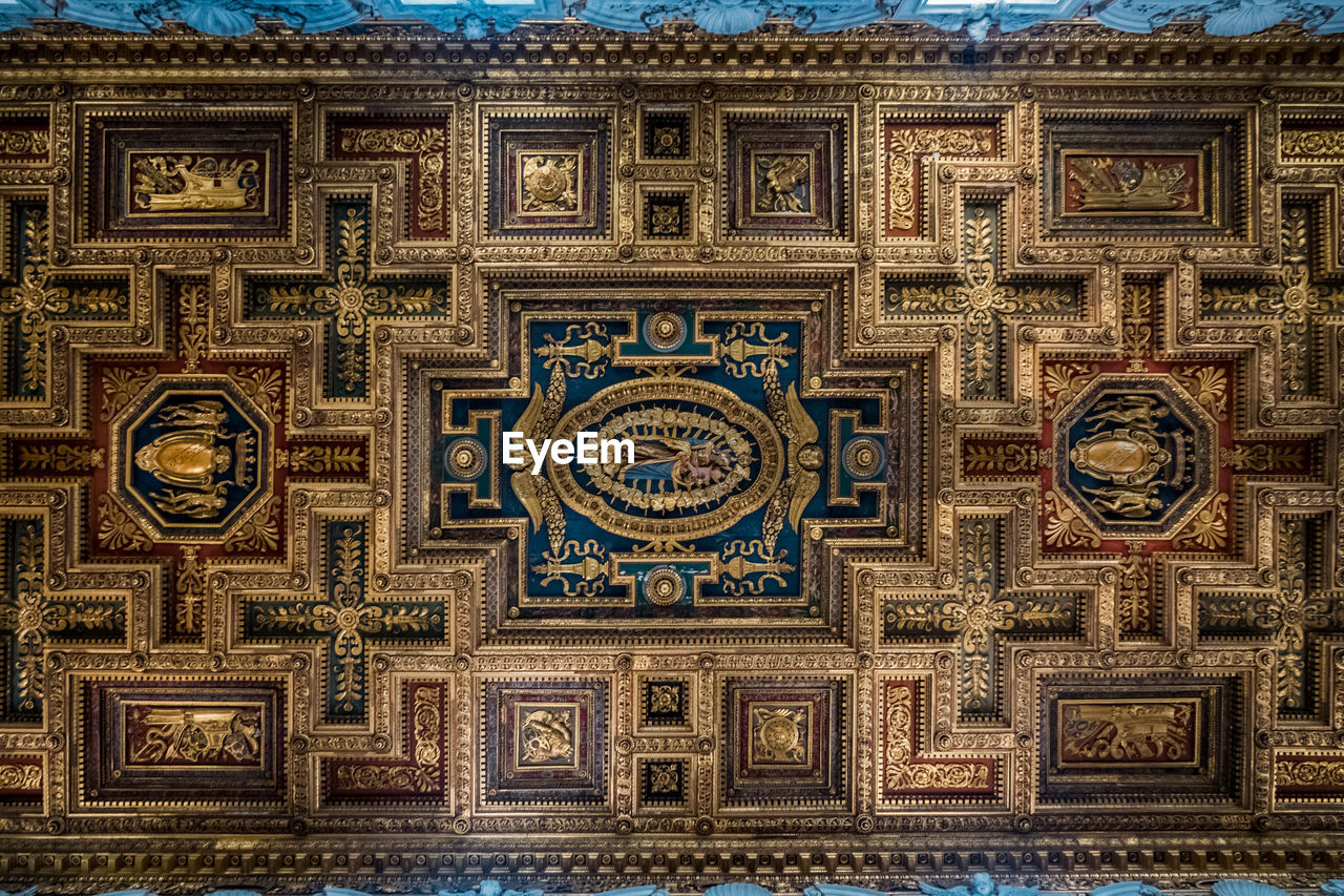 architecture, art and craft, no people, built structure, creativity, pattern, design, full frame, ornate, building, religion, decoration, craft, indoors, ceiling, blue, belief, shape, geometric shape, mural, directly below