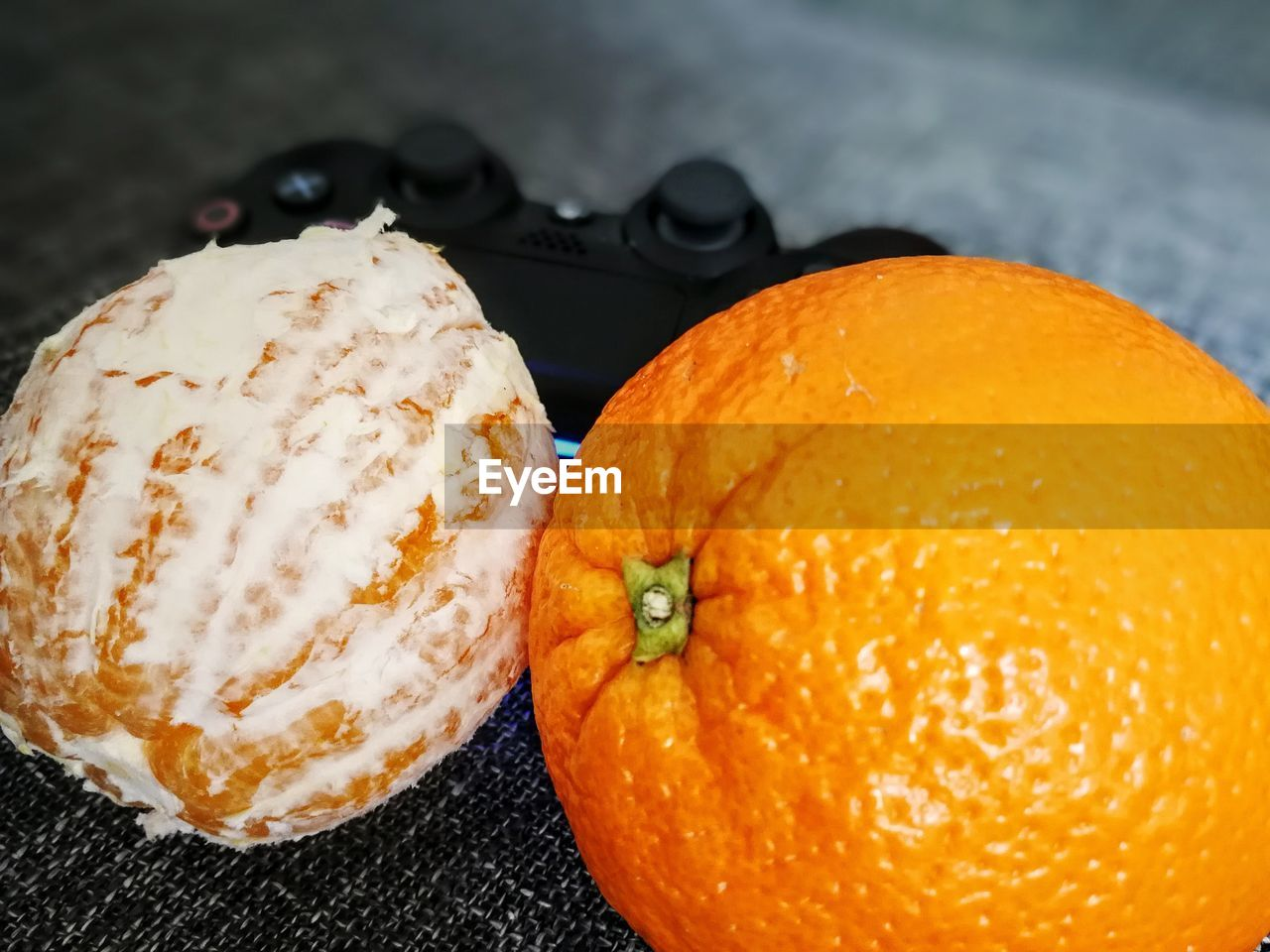 food and drink, fruit, freshness, food, orange color, orange - fruit, healthy eating, no people, citrus fruit, sweet food, close-up, indoors, day, ready-to-eat