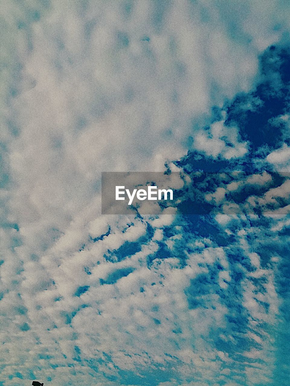 cloud - sky, sky, cloudscape, nature, beauty in nature, backgrounds, low angle view, tranquility, scenics, sky only, weather, heaven, full frame, no people, tranquil scene, day, abstract, blue, outdoors