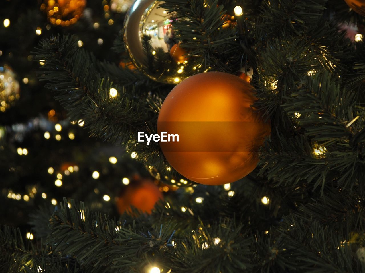 christmas, christmas decoration, christmas tree, celebration, holiday, decoration, christmas ornament, tree, illuminated, christmas lights, close-up, no people, celebration event, indoors, holiday - event, sphere, event, selective focus