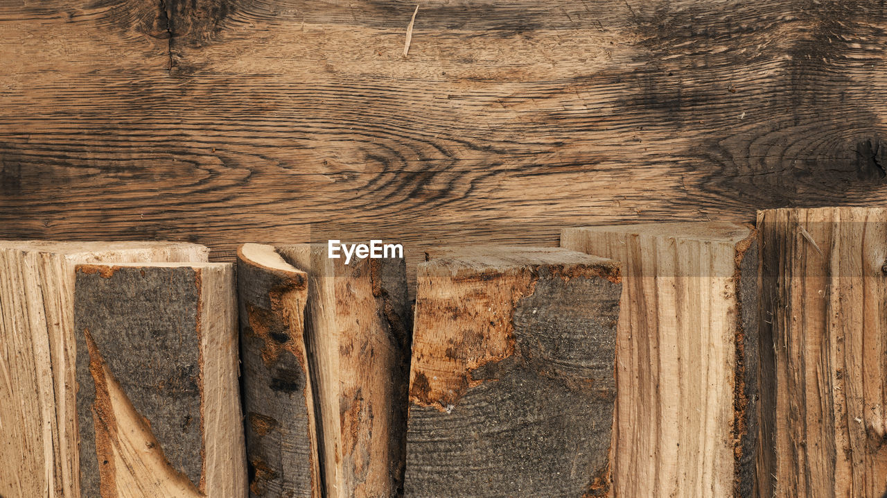wood - material, wood, brown, textured, no people, pattern, backgrounds, full frame, plank, close-up, day, outdoors, timber, wood grain, tree, log, built structure, nature, natural pattern